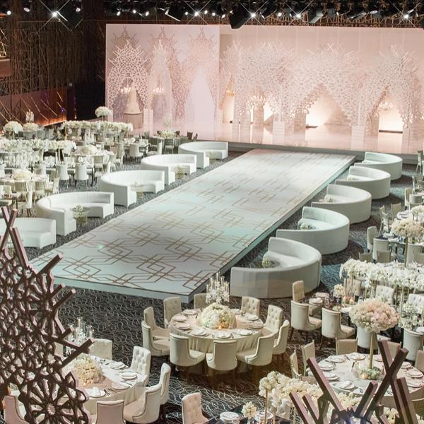 Olivier-Dolz-Wedding-Agency-Modern-Arabesque-1_600x600_acf_cropped
