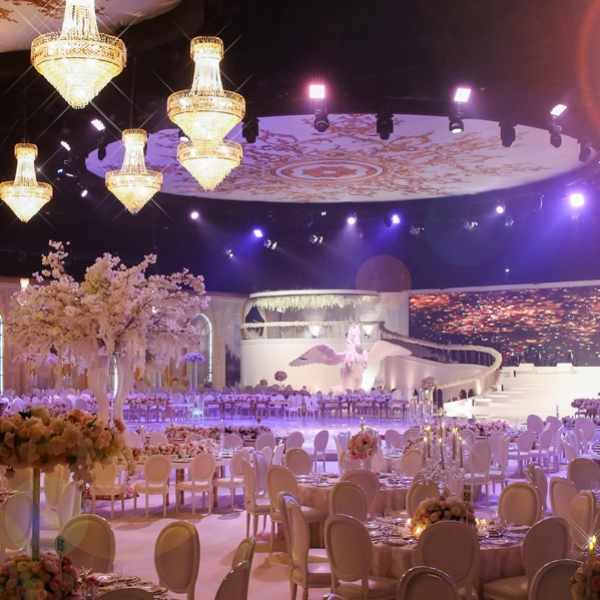 Olivier-Dolz-Wedding-Agency-Palati-Regal-1_600x600_acf_cropped