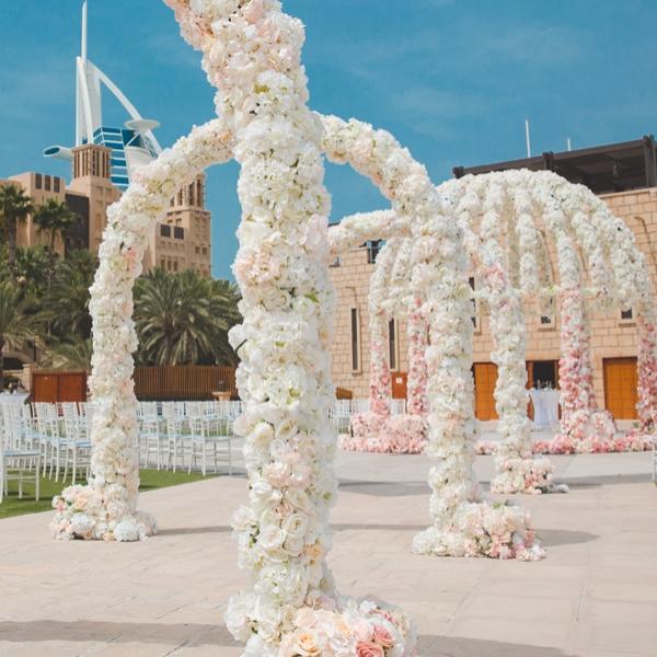 Olivier-Dolz-Wedding-Agency-floral-symphony-3_600x600_acf_cropped